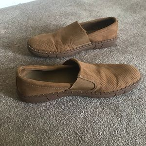Robert Wayne Road Slip on loafers in Tan 8.5 men's
